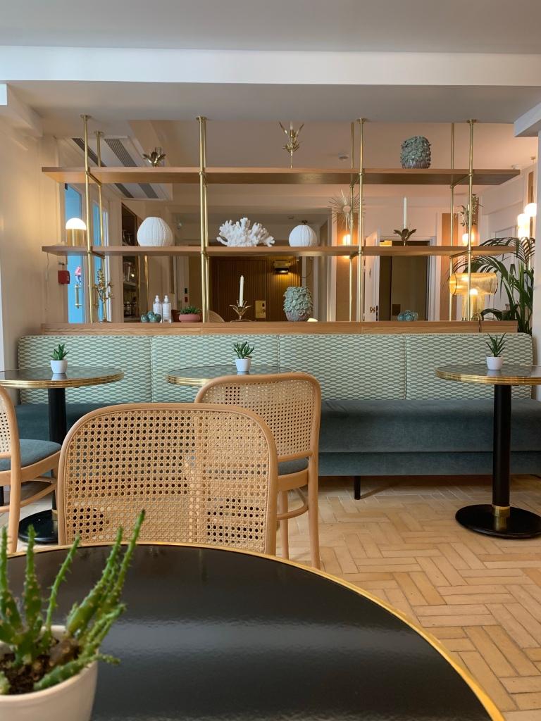 My First Visit to Paris: Hotel Gramont